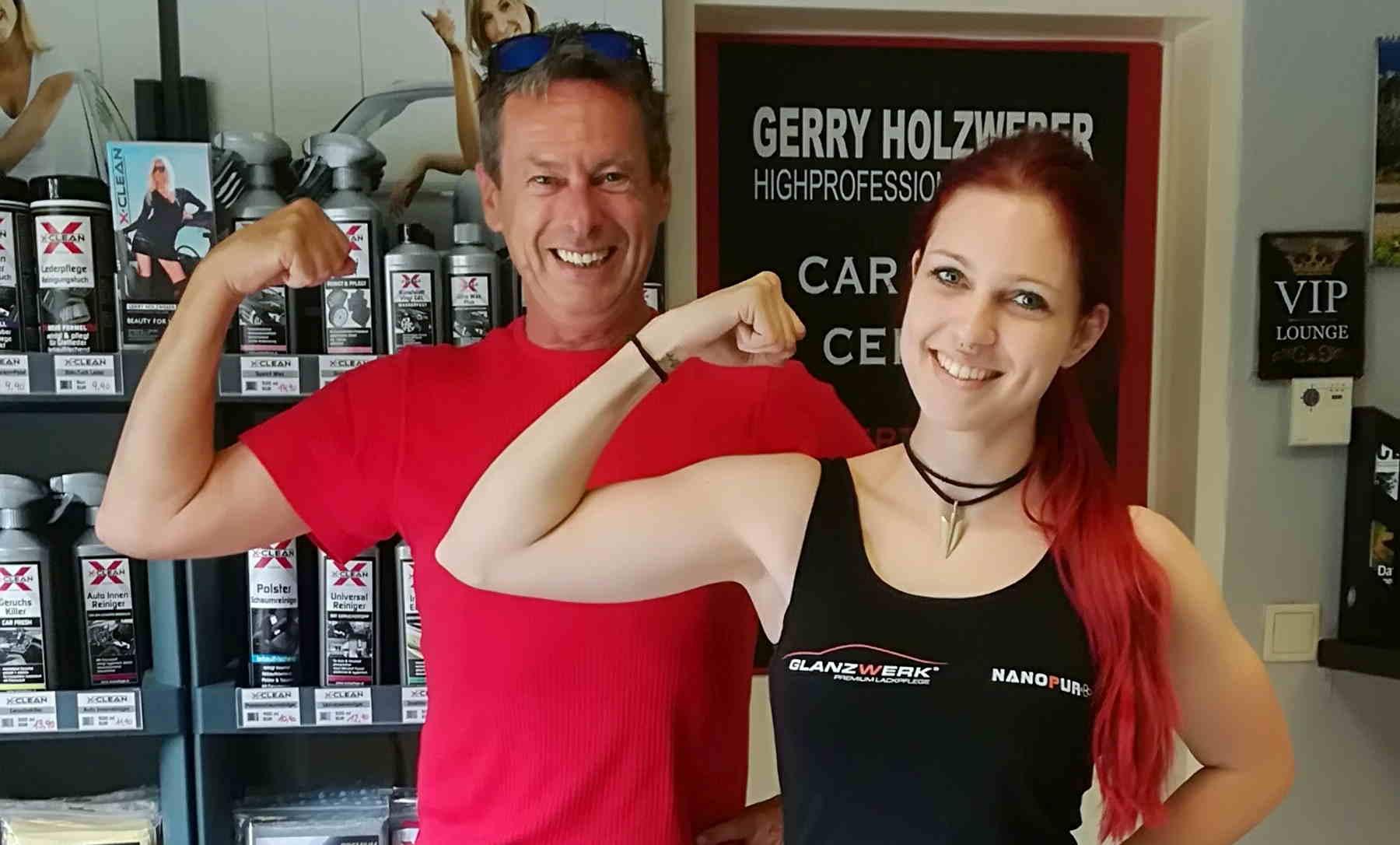 Zwei, Gerry und Nina, vom Beauty for your Beast Team.